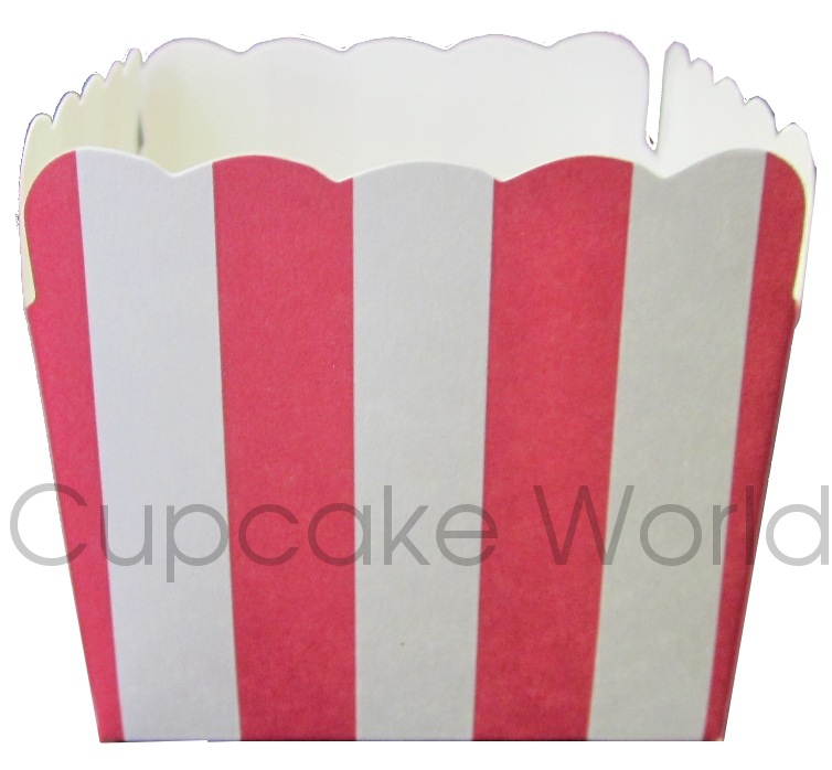 12PCS ROBERT GORDON SQUARE RED STRIPES CUPCAKE MUFFIN CUPS